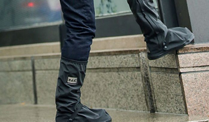 Best Easy Grip Slip-Resistant Overshoes For Extra Safety