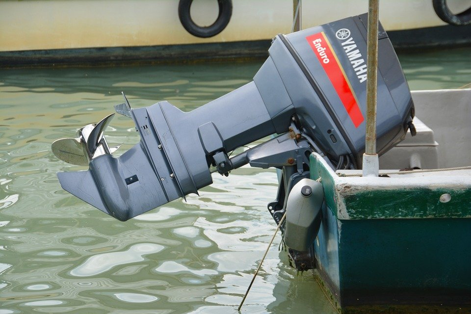 Small Outboard Motors : Best small outboard motors lightweight boat
