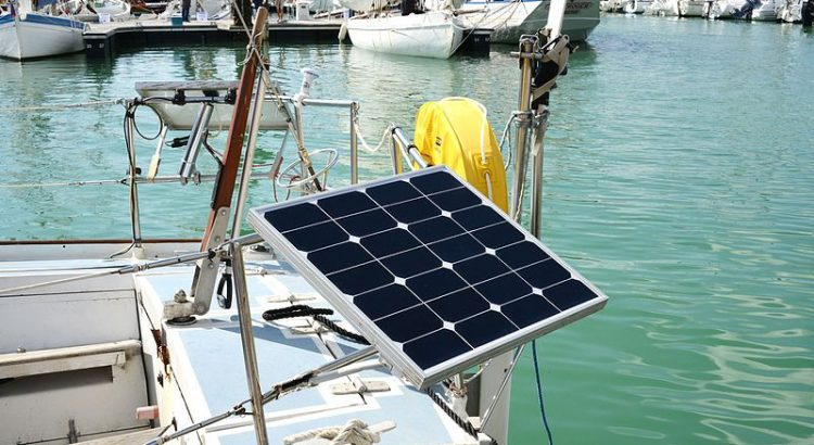 5 Best Marine Solar Panels 2019 [Boat Power Systems]