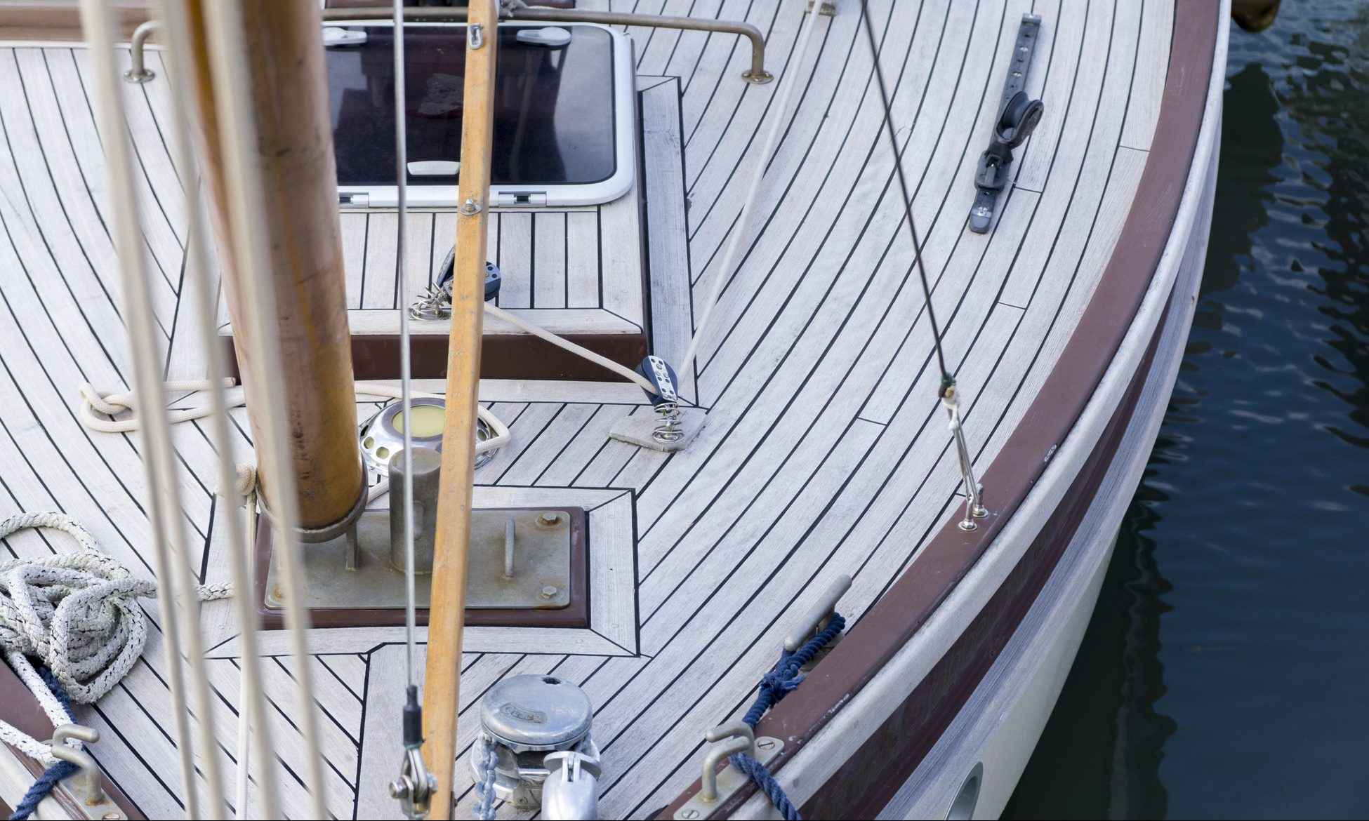 The Best Boat Deck Paint 2021 Non Skid Additive